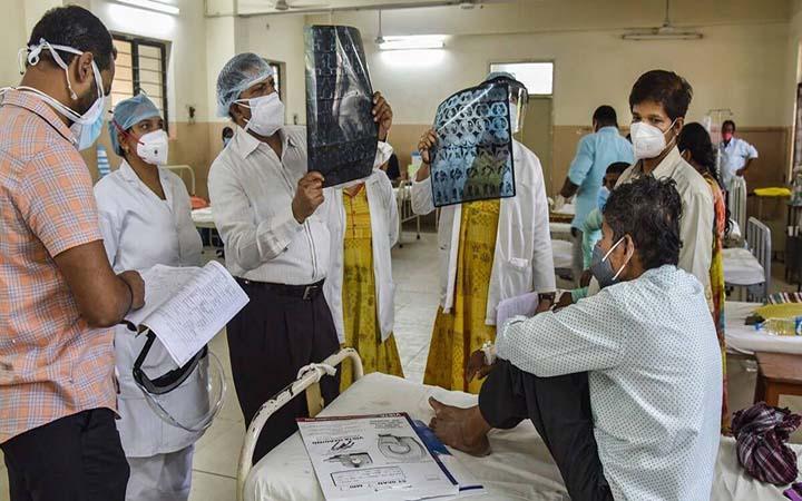 পশ্চিমবঙ্গে ক্রমেই ছড়াচ্ছে ব্ল্যাক ফাঙ্গাসের সংক্রমণ