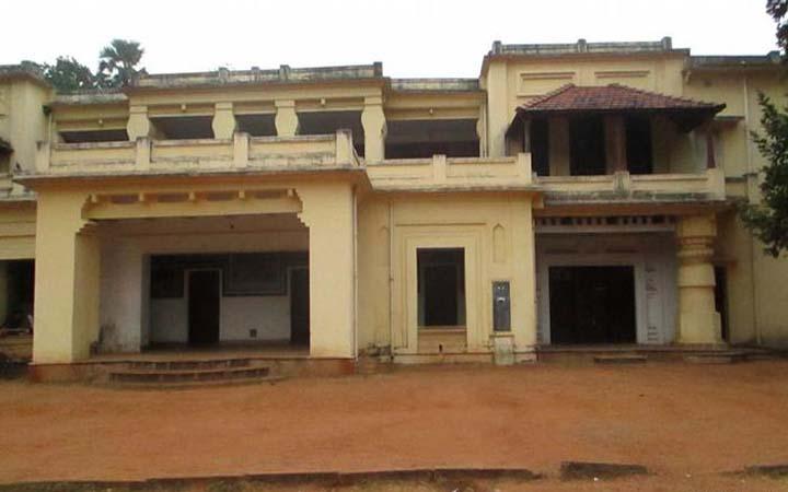 পশ্চিমবঙ্গ : বিশ্বভারতীতে অচলাবস্থা, উপাচার্য ঘেরাও