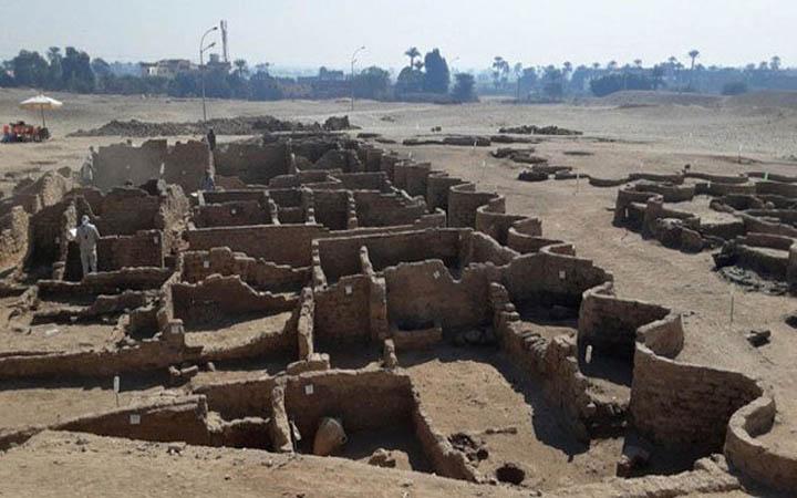 মিসরে ৩০০০ বছর পুরনো শহর আবিষ্কার