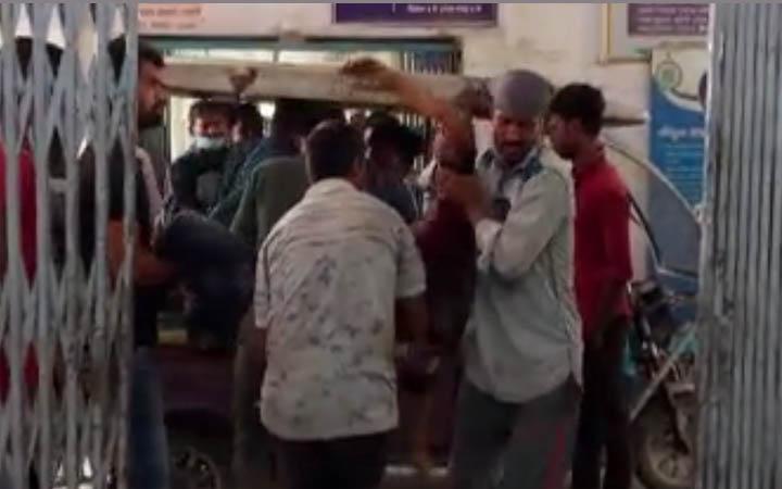 পশ্চিমবঙ্গ বিধানসভা নির্বাচন: কোচবিহারে তৃণমূল-বিজেপি সংঘর্ষে নিহত ৫
