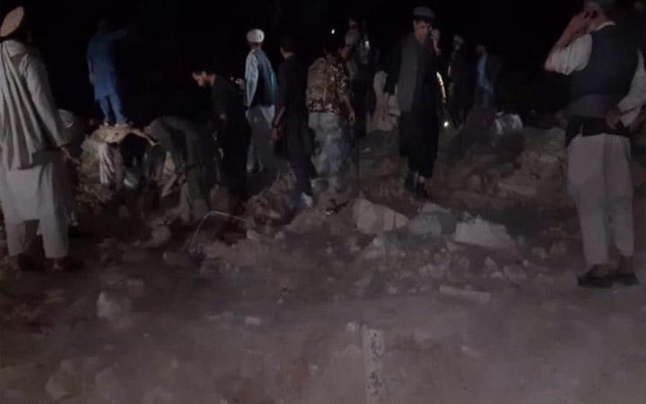 আফগানিস্তানে গাড়ি বোমা হামলায় অন্তত ২৭ জন নিহত; আহত ৯২