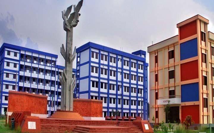 পাবিপ্রবির প্রকৌশলীকে লাঞ্ছিত : তদন্ত কমিটি গঠন, কর্মকর্তাদের কর্মবিরতি শুরু