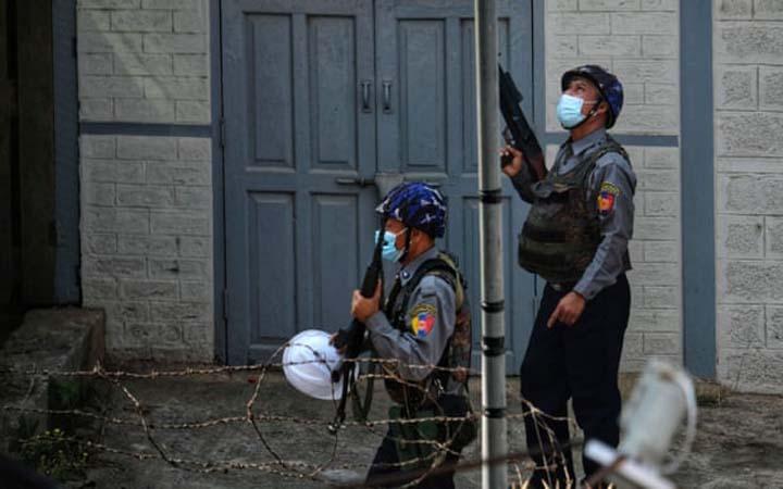 মিয়ানমারে নিরাপত্তা বাহিনীর গুলিতে ১৬ জন নিহত