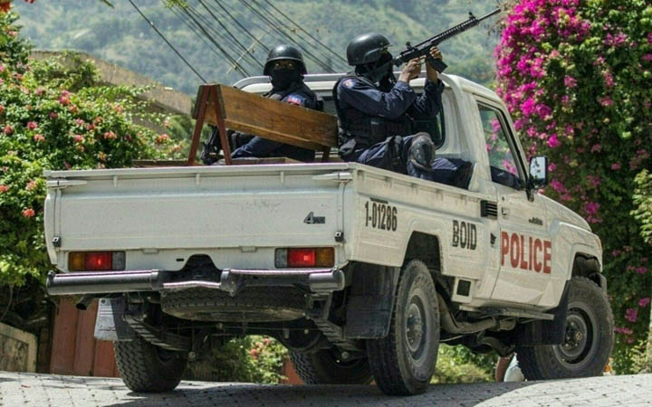 হাইতিতে বিদেশি সৈন্য পাঠানোর অনুরোধ করেছে সরকার