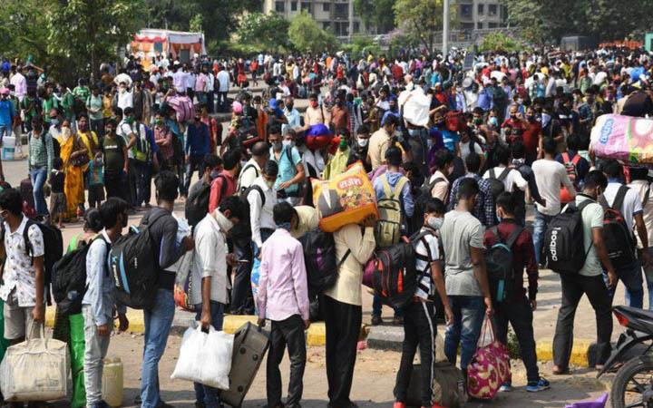 করোনা সংক্রমণের নতুন রেকর্ড, তবু লকডাউনে যাবে না ভারত