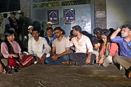 ব্যবস্থা না নিলে সোমবার থেকে নতুন কর্মসূচি:  ভিপি নুর